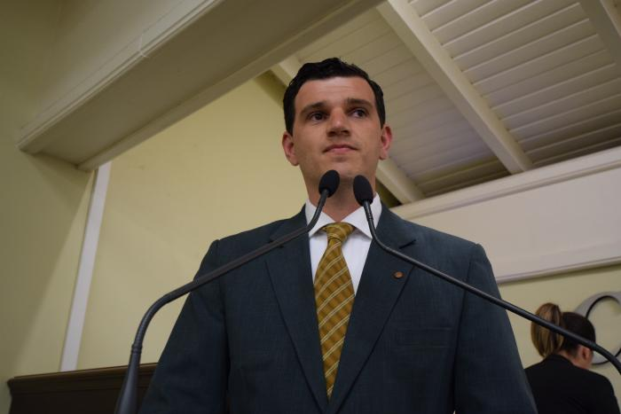 Câmara entrega Medalha Tristão de Oliveira