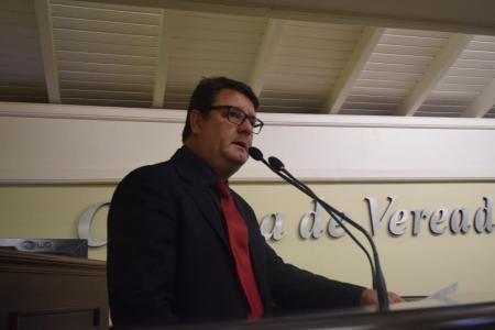 Dr. Ubiratã apresenta Moção a OAB Canela/Gramado