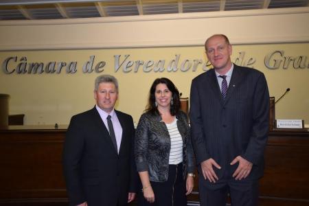 Comissão de Educação pede documentos a AGEU