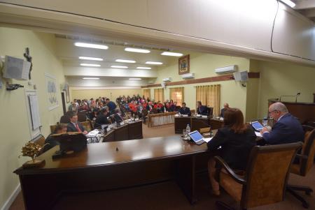 Vereadores aprovam criação de 09 cargos efetivos no Executivo