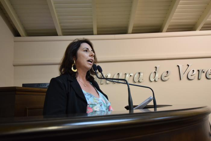 Rosi solicita informações sobre o Bolsa Família