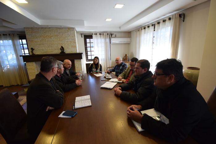 CRERH pede apoio ao Legislativo para repasses do Executivo