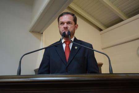 Rafael pede estudos ao Executivo Municipal
