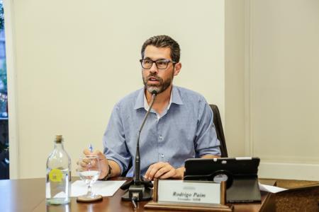 Sessão ordinária | Vereador Rodrigo Paim pede informações sobre descarte de resíduos em Gramado