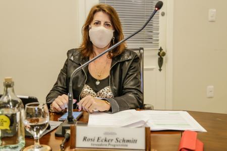 Vereadora Rosi Ecker Schmitt sugere quatro melhorias para Gramado
