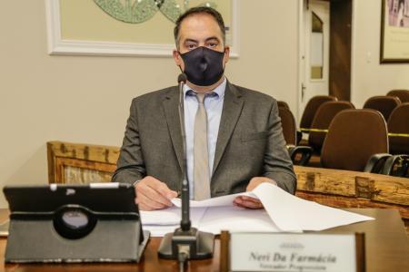 Vereador Neri da Farmácia encaminha dois pedidos e uma indicação para o Executivo
