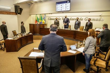 Bancada do MDB pede informações sobre parentesco entre servidores da Prefeitura e da Gramadotur