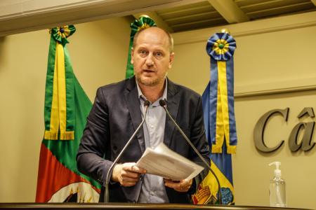 Vereador Professor Daniel encaminha quatro pedidos de informação para a Prefeitura de Gramado